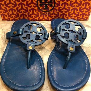 Tory Burch Blue Leather flip flops